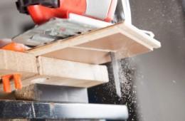 wyżynarka, cięcie panela podłogowego
