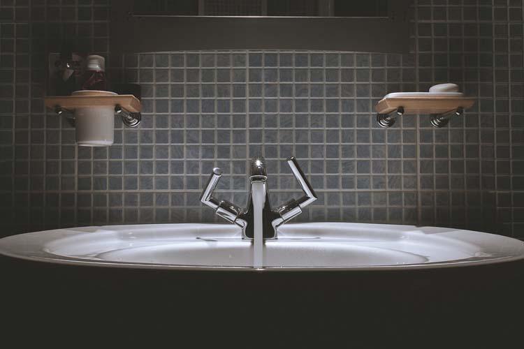 10 trików, które nadadzą Twojej łazience oryginalnego charakteru.