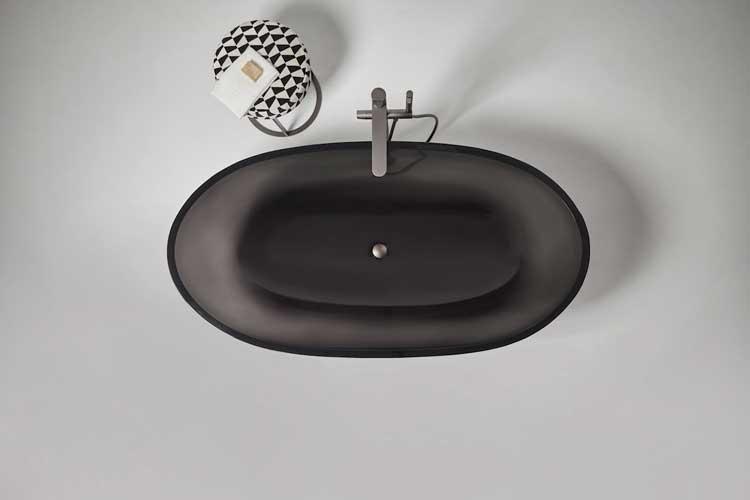 Czarna umywalka, widok z góry