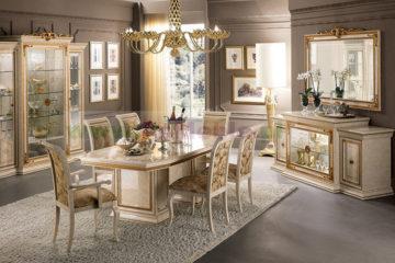 Włoskie zdobione meble