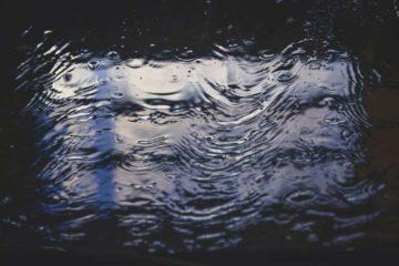 kałuża wody